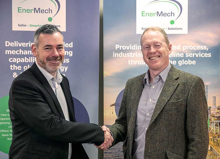 EnerMech Regional Director Europe, Ross McHardy (left) with General Manager South West Duncan Frame